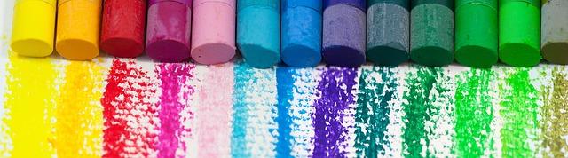 škála různých barev