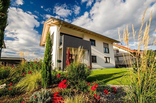 patrový moderní dům